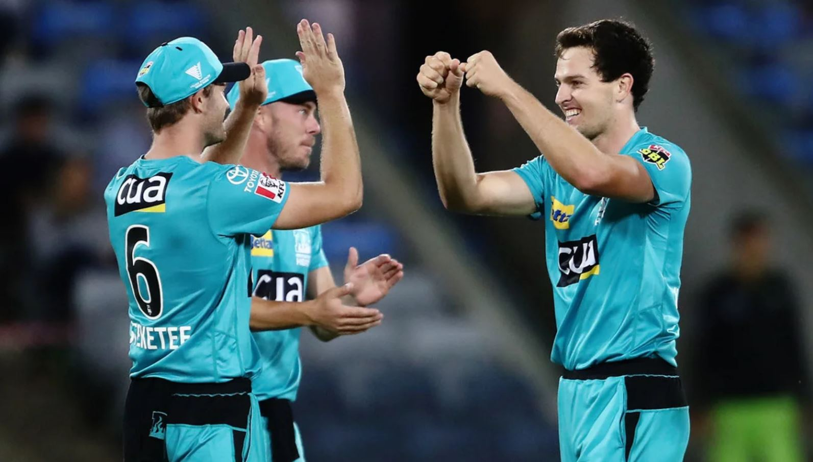 BBL10 Fantasy Tips: Heat v Strikers