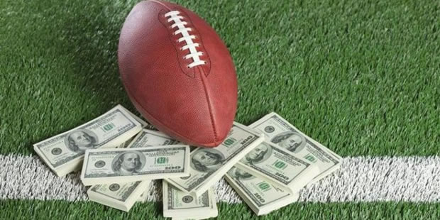 How much does it cost to play DFS?